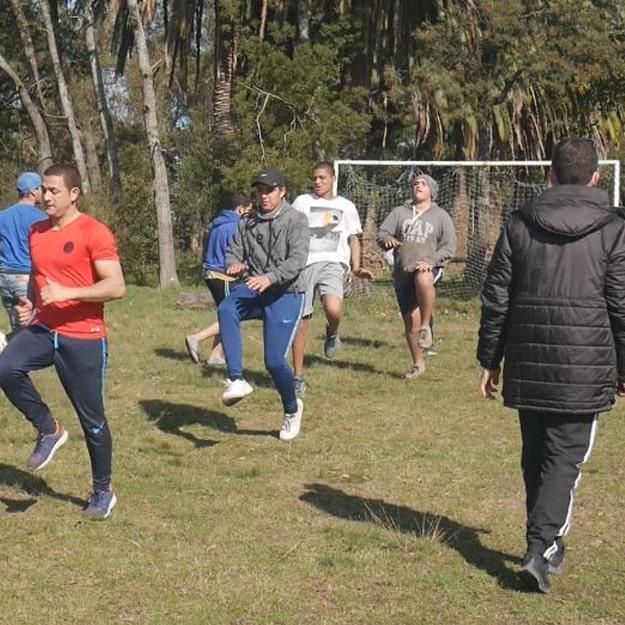 educación física en manantiales