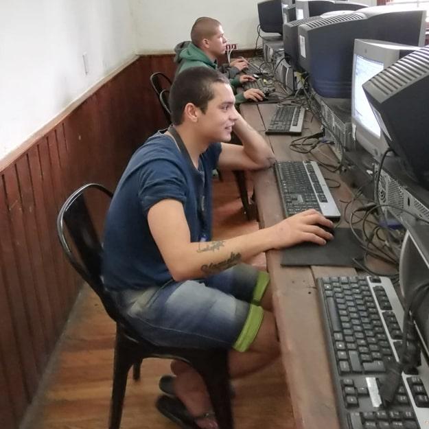informatica en manantiales